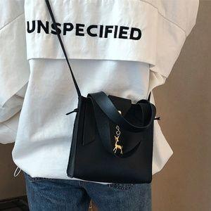 New! Gold Reindeer Crossbody Bag Black